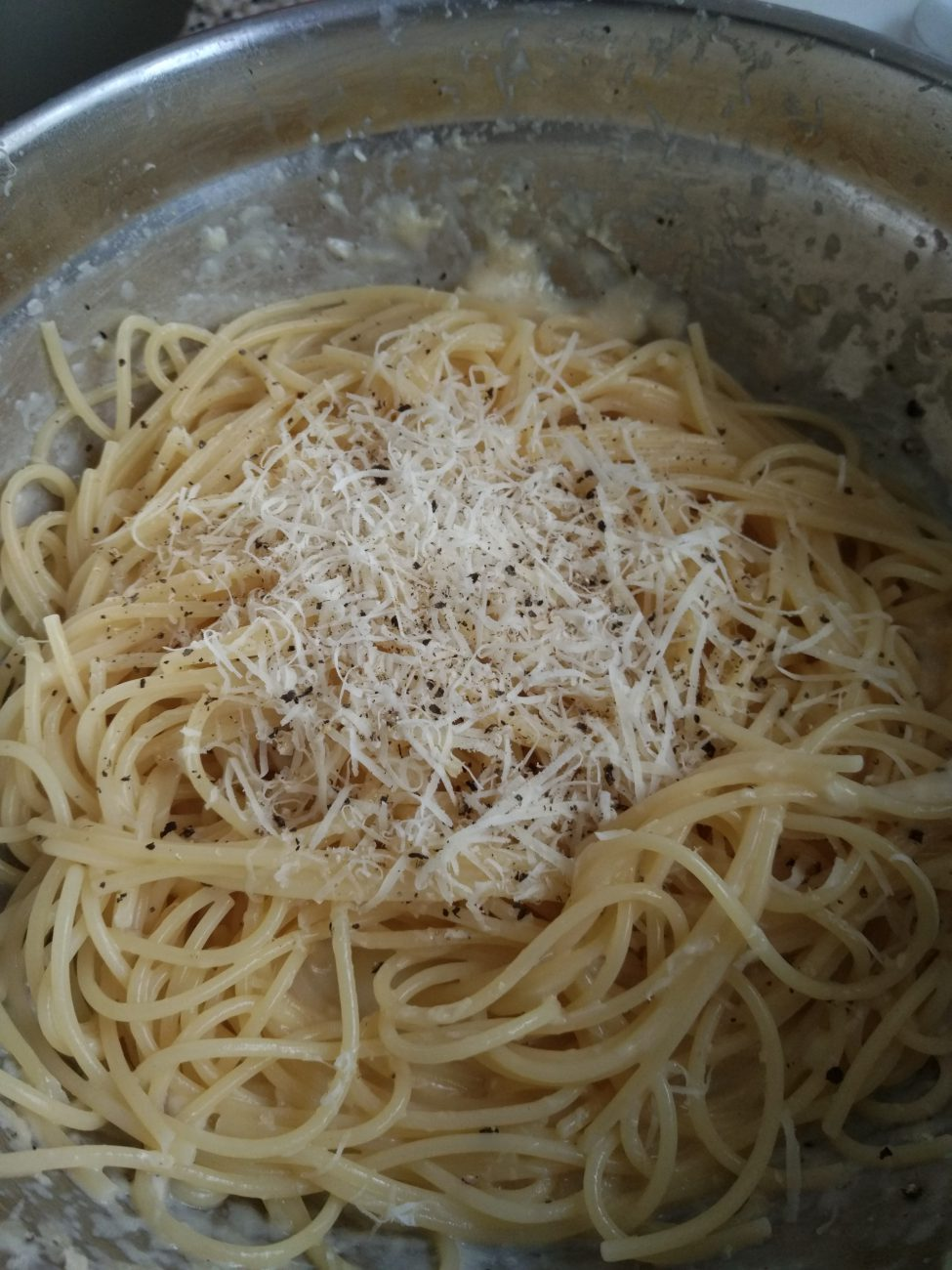 Cacio e Pepe (pasta with pecorino)