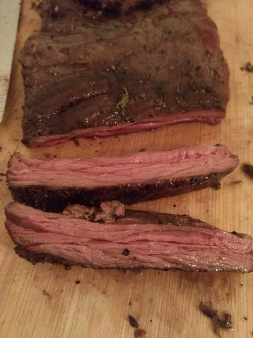Sous-vide Skirt steak with thyme and pepper