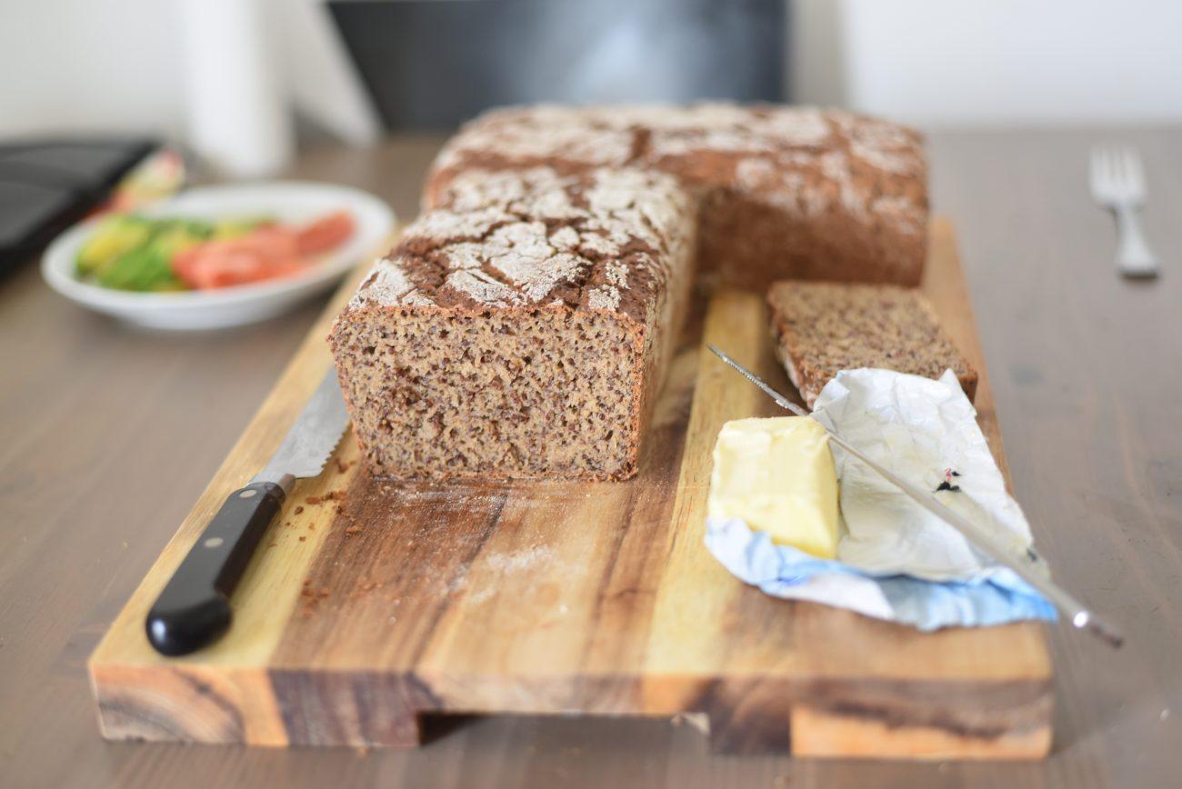 Rye red Quinoa bread